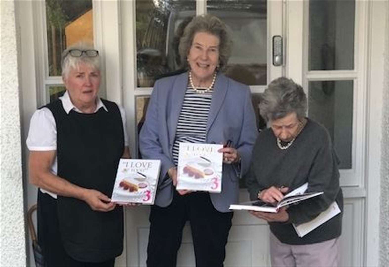 Retired Lord Lieutenant pens new cookery book